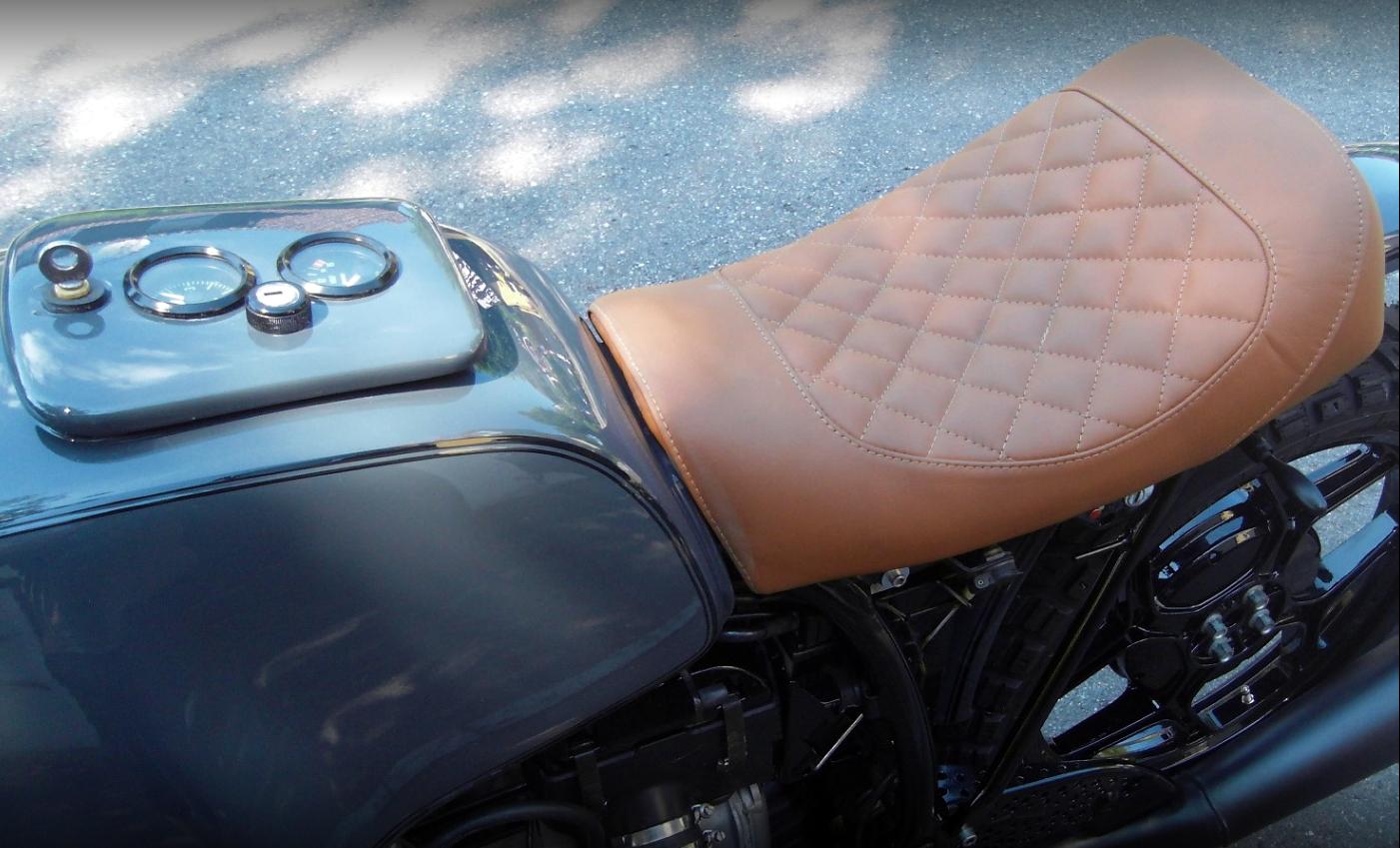 Motorrad Sitzbänke - Elf-Zwo.com